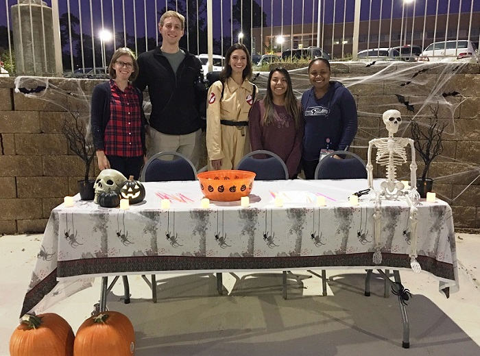 Students show off Spooky U display