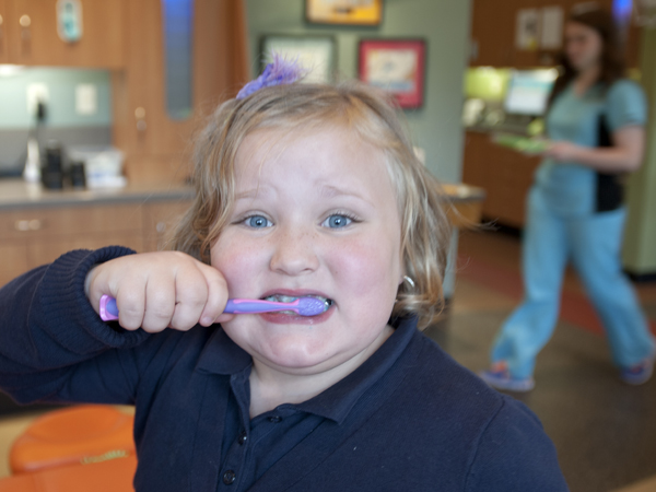 Anna Kay Todd of Como demonstrates proper dental hygiene.
