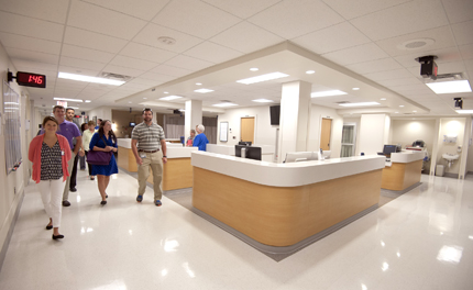 Members of the public and University of Mississippi Medical Center employees tour UMMC's new University Heart facility.