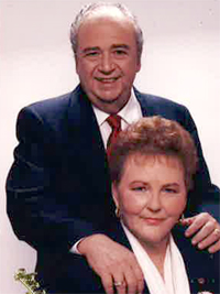 Joyce Caracci and her husband Vic, shown here in a 1980s portrait, were married for almost 60 years.