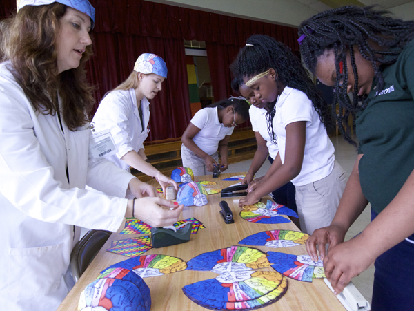 UMMC, Millsaps volunteers give students a piece of their minds