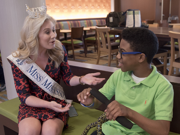 Miss Mississippi Hannah Roberts shares a conversation with Morgan.