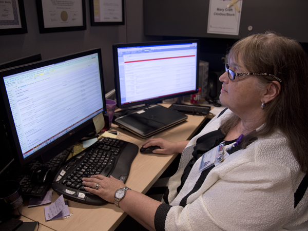 Mary Craft, an Epic nursing informatics specialist in the Department of Nursing Quality and Development, is a liaison between the Epic teams and clinical nursing.