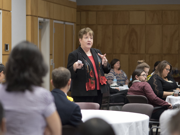 Bender spoke to students at a luncheon held during the SGSHS Research Day.