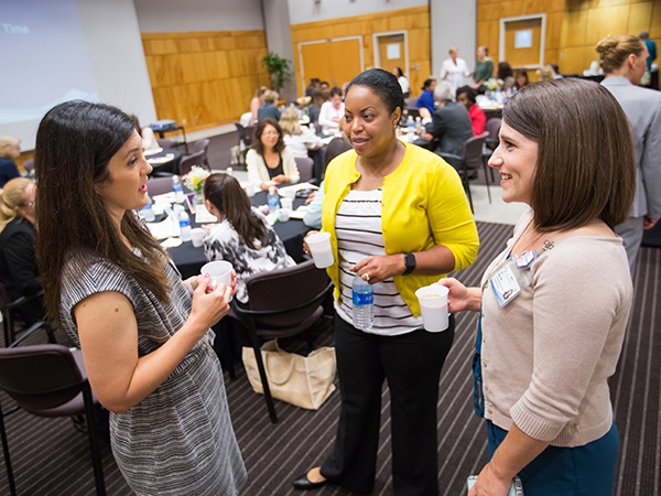 Tools of the trade help mid-career women faculty advance