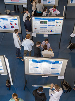 Medicine faculty and trainees learn about new discoveries at the department's annual Research Day.