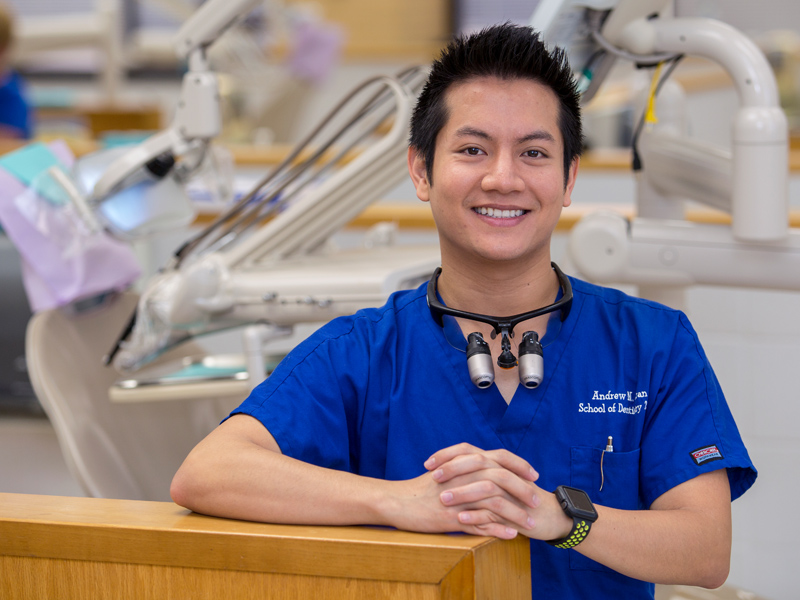 #UMMCGrad18: Dental student defies language barrier to become scholar