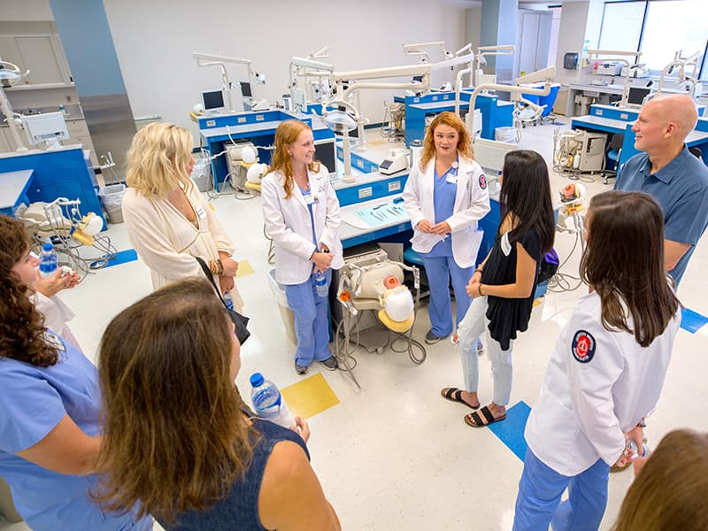 SOD first to offer anesthesia training to hygiene students