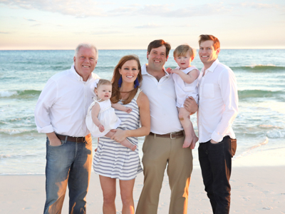 Alon Bee, left, is shown with daughter Paige Bee Dodgen, holding granddaughter James, son-in-law Cass, holding grandson Carr, and Blake Bee.