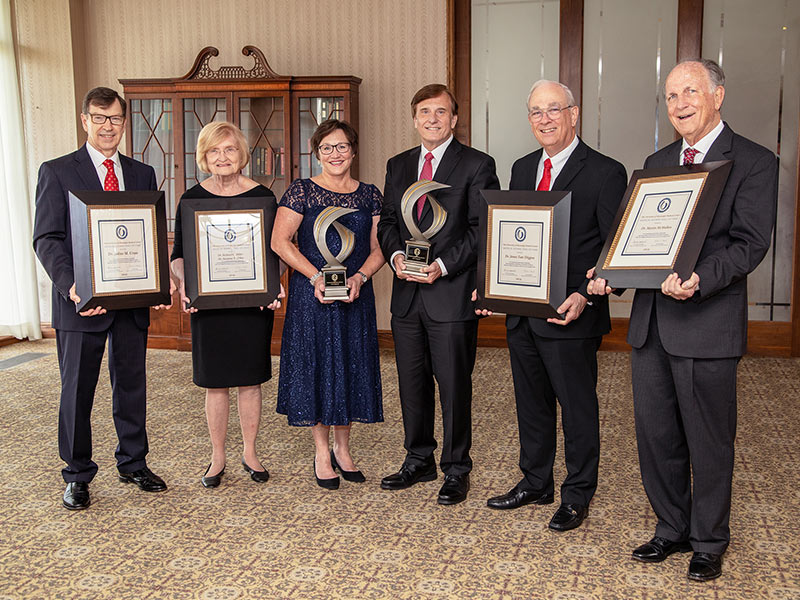 More leading lights brighten Medical Alumni Chapter's Hall of Fame