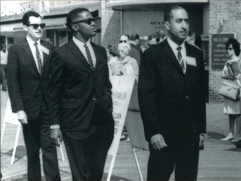"Dr. Robert Smith, second from left, was among the demonstrators picketing the AMA convention at the Traymore Hotel in Atlantic City, New Jersey, in June 1963. Flanking him are Dr. Walter Lear, left, and Dr. J. S.  ""Mike"" Holloman. (Photo courtesy of the Journal of the Mississippi State Medical Association)"