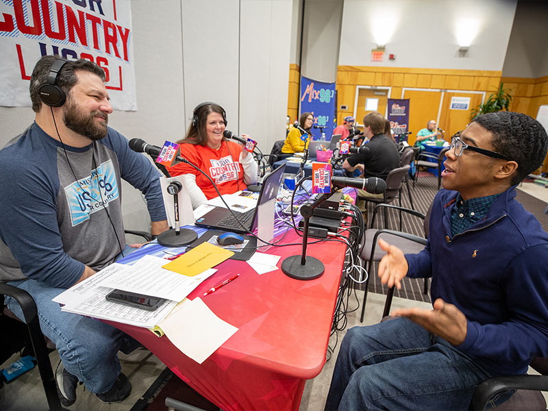 Jordan Morgan, a former Children's Miracle Network Hospitals Champion, tells his story to Hef and Traci Lee of US 96.3.