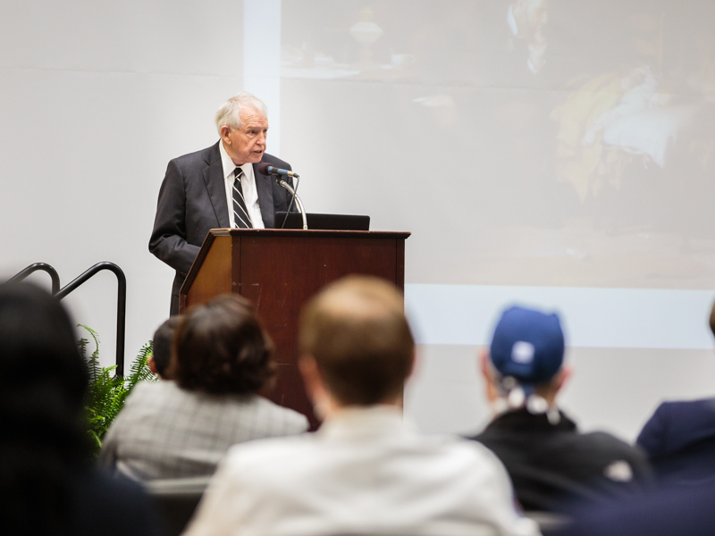 Bennett's 'Last Lecture' offers final word on caring physician